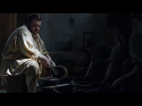 Samwell Tarly works at the Citadel - Poop scene - Game of Thrones S07E01