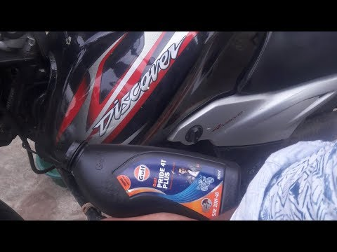 T W G EP: 12| How To Change Engine Oil Of Bajaj Discover DTS-i 100T And Other Bajaj Bikes