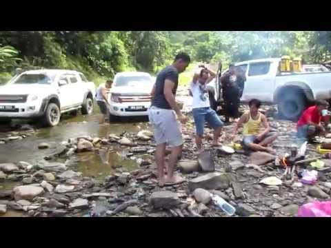 4x4 Borneo Charity Expedition Trip to Long Anap