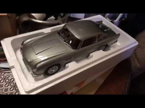 Unboxing A Special Gift From Gt Spirit Diecast 1 12 Aston Martin Db5 Youtube