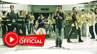 Wali Band Antara Aku Kau dan Batu Akikku Official Music Video NAGASWARA