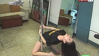 Pole dancing class with Bela Padilla