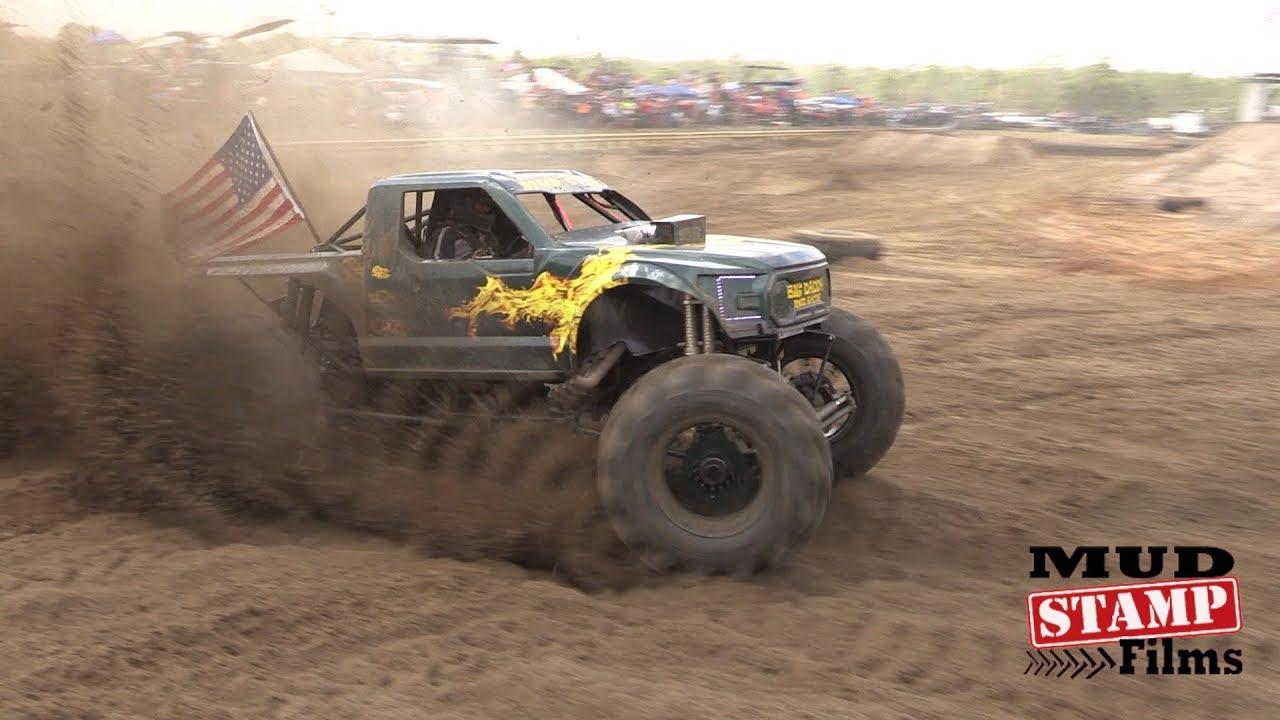 Mega Truck Races - Redneck Mud Park 2017