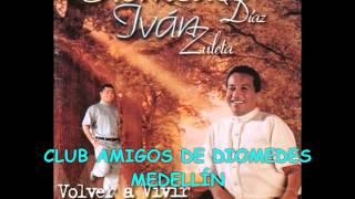 01 A UN CARIÑO DEL ALMA - DIOMEDES DÍAZ E IVÁN ZULETA (1998 VOLVER A VIVIR)