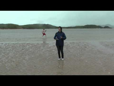 Spanish Guide to Donegal (Dubbed in Donegalesse)