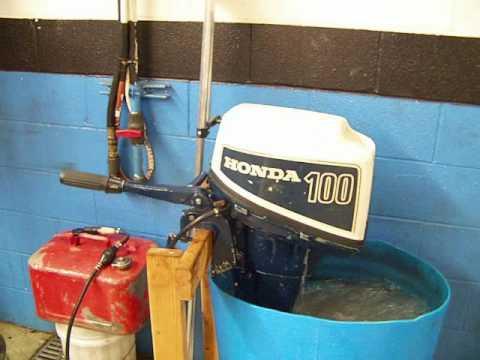 Outboard Daves Honda 10 horse 4 stroke - YouTube