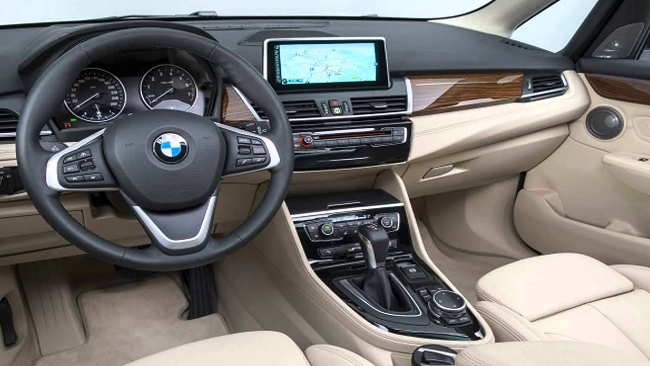 Bmw x1 2017 car reviews specs and prices youtube for Auto interieur bekleden prijs