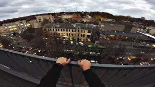 Rooftop Parkour During Rush Hour   POV