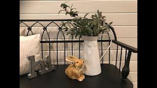 Easter Farmhouse Decor // 2019 Home Tour // Modern Farmhouse Vignettes & Tablescapes