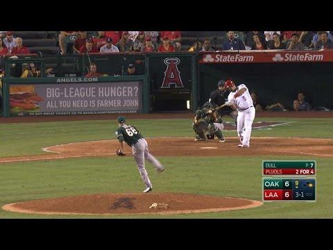 OAK@LAA: Pujols wins it with a walk-off two-run homer