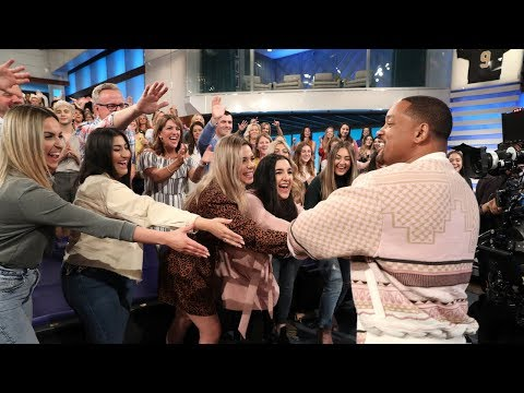 Behind the Scenes: Will Smith, Mena Massoud, and Naomi Scott Sing & Dance with the Audience