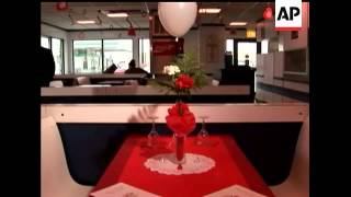 The Classic Burger Joint Continues Its Tradition Of Offering An Upscale Valentine's Celebration, Com