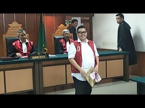 Reza Bukan Jatuh Sakit karena Dilarang Istrinya Bertemu Anak dan Dituntut 6,5 Tahun Penjara Mp3