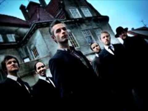 Kaizers Orchestra - Svarte katter & flosshatter [lyrics] mp3