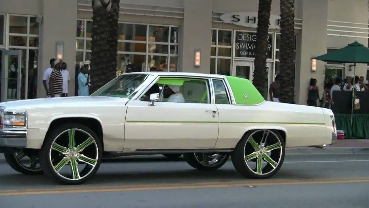 Cadillac on 24 inch rims in Miami Beach- Full Clip - YouTube