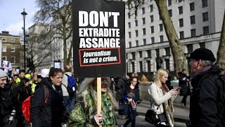 США против Джулиана Ассанжа: встреча в суде