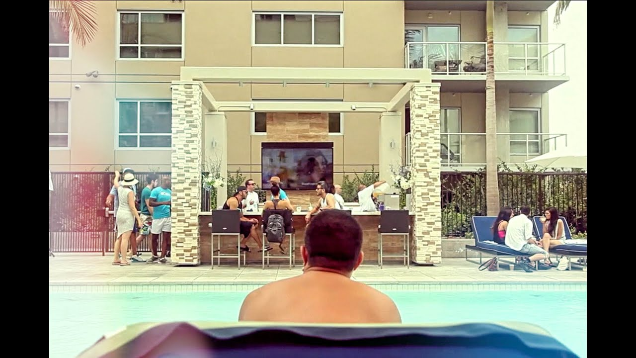 Summer Sundays At 1600 Vine Apartments On Hollywood Blvd And