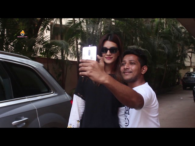 Kriti Sanon Spotted At Awan Office Andheri
