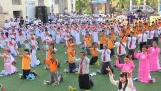 Dâng hoa Nhiệm lạ: Giao xứ Trung Đồng
