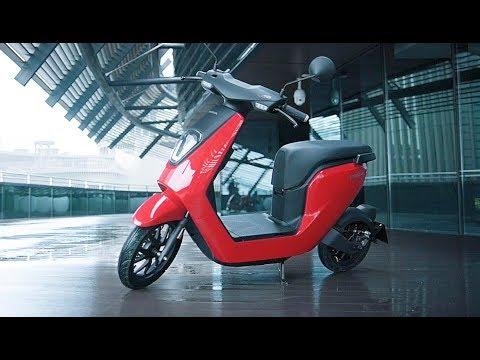 Quảng cáo xe máy điện Honda V-GO