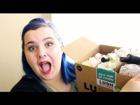 LUSH KITCHEN EXCLUSIVES HAUL! - YouTube