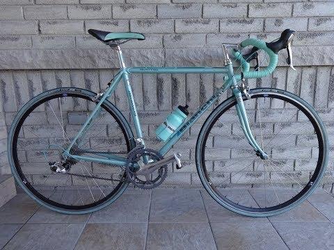 1989 Vintage Bianchi with Modern Components Bike Build