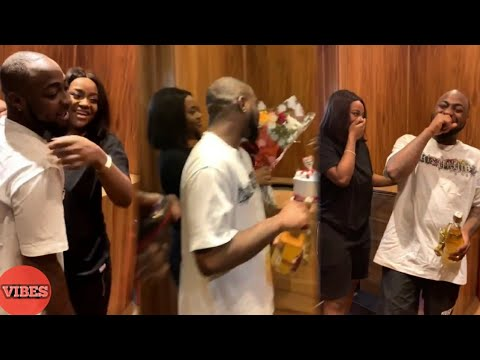 Davido Spank Chioma Backside After She Surprised Him With Valentine's Gifts thumbnail
