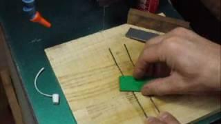 糸鋸刃研ぎ Sharpening Scrollsaw Blade