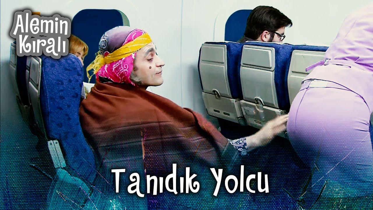 Uçakta Jülide'ye misafir şoku - Alemin Kıralı 23. Bölüm