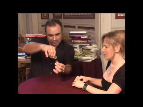 Saturn Magic -Balancing Coin (Half Dollar) By Tango Magic - Trick (D0067)