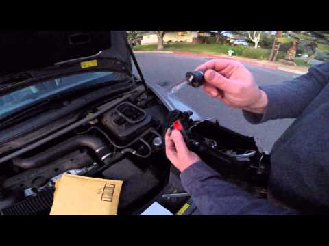 DIY Install a xenon headlight on 2007 Volvo C70
