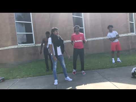 Maxo trill- Woah (Woah dance video)