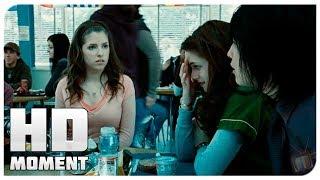 Белла первый день в новой школе - Сумерки (2008) - Момент из фильма