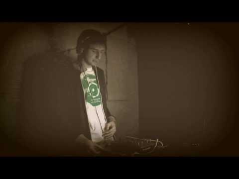 EE1 (Howlett) @ Confluence 22.12.2011