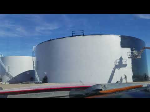 Painting top coat 2 million gallon tank Wilkinson Sandblasti