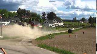 Drift at 200 km h through the village