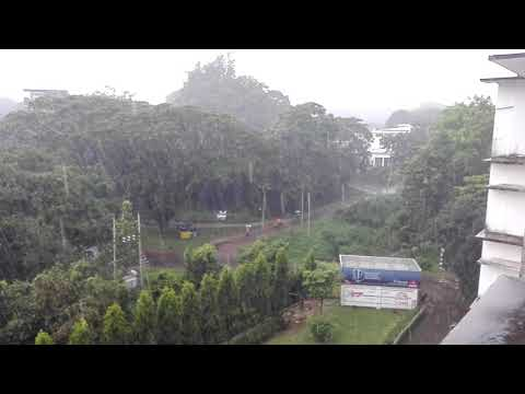 a beautiful veiw from BBA faculty while raining (Chittagong University)