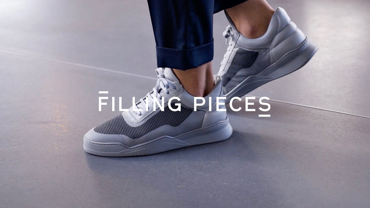 Introducing the Low Top Ghost Seamless Dark Grey | Filling Pieces