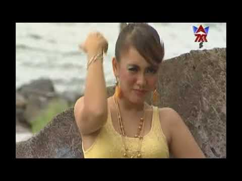 Ria Amelia-Bondon Boneka Donto House Dangdut Dugem