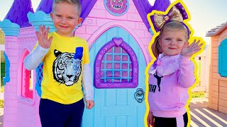 Pretend Play with Playhouse for kids from Martin and Monica