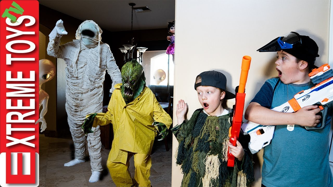 Download Monster Battle Royale! Sneak Attack Squad Vs Halloween!