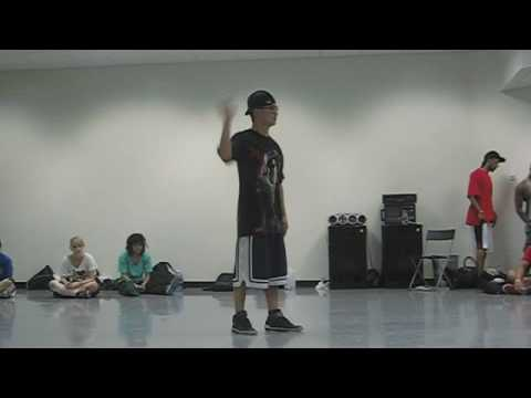 NINTENDO WII DANCE by Mike Song