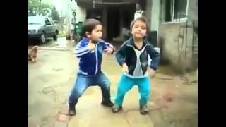 Прикольные зажигательные детские танцы