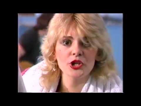 Grupa Radio - Pred Polazak Na Plazu  (1980 Video Clip, Yugoslav Punk / New Wave)