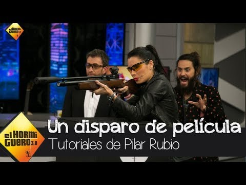 Pilar Rubio abre una botella de cerveza con un disparo de película - El Hormiguero 3.0