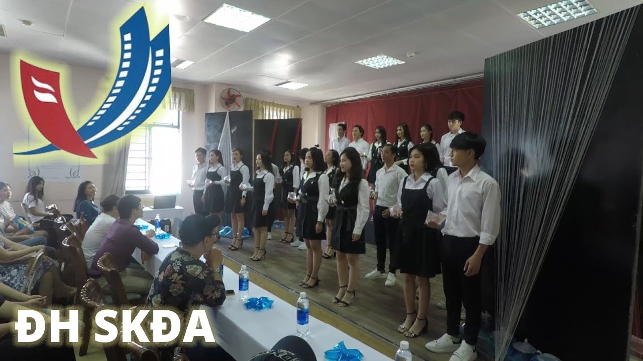 ĐH Sân Khấu Điện Ảnh Tp HCM: Sinh viên Năm 1 Thi HK Môn Kĩ Thuật Biểu Diễn