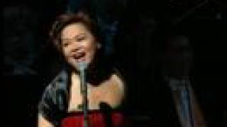Killing me softly - Teresa Carpio and the Hong Kong Philharmonic Orchestra