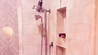 Walk-in Roman style shower