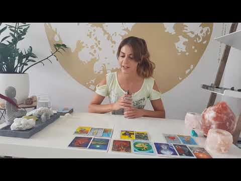 ARIES - 'WELCOME TO THE MUPPET SHOW' - August Tarot Reading (The 'He said/She Said' Game)