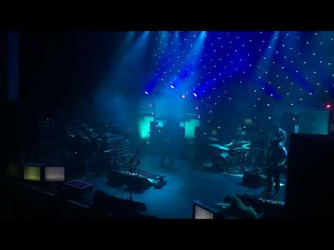 Ryan Adams & The Unknown Band - New York, New York (Live in Dublin)